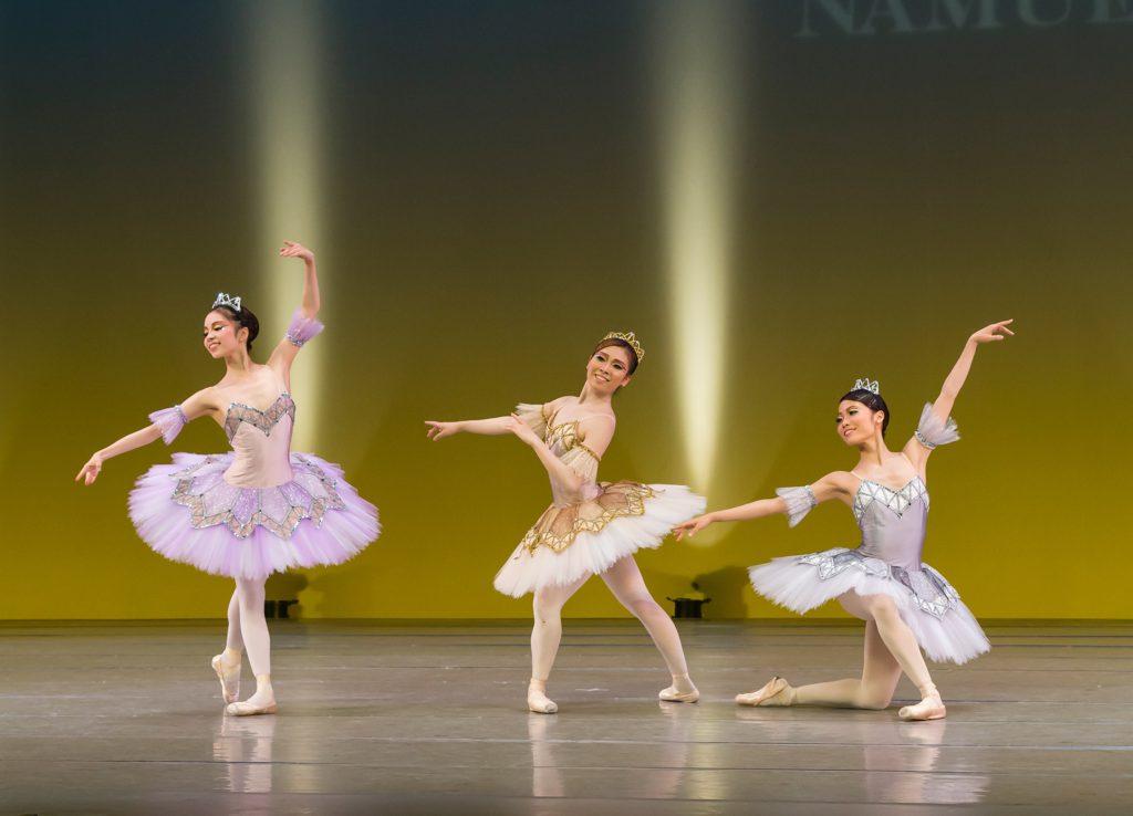 宝石の踊り