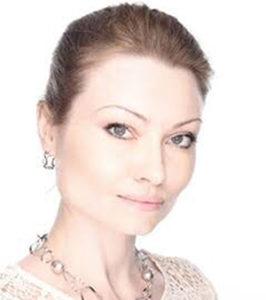 アンナ・レオノワ